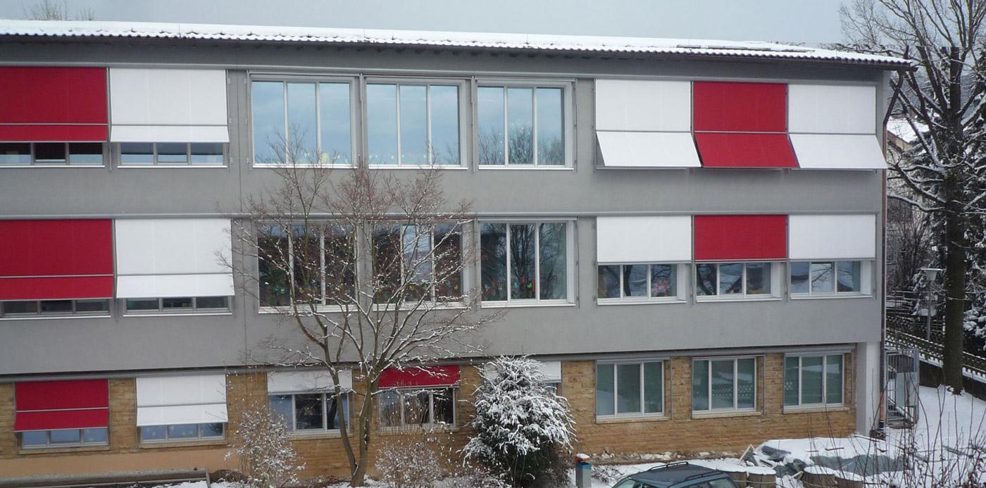 Hardtschule in Ebersbach von außen
