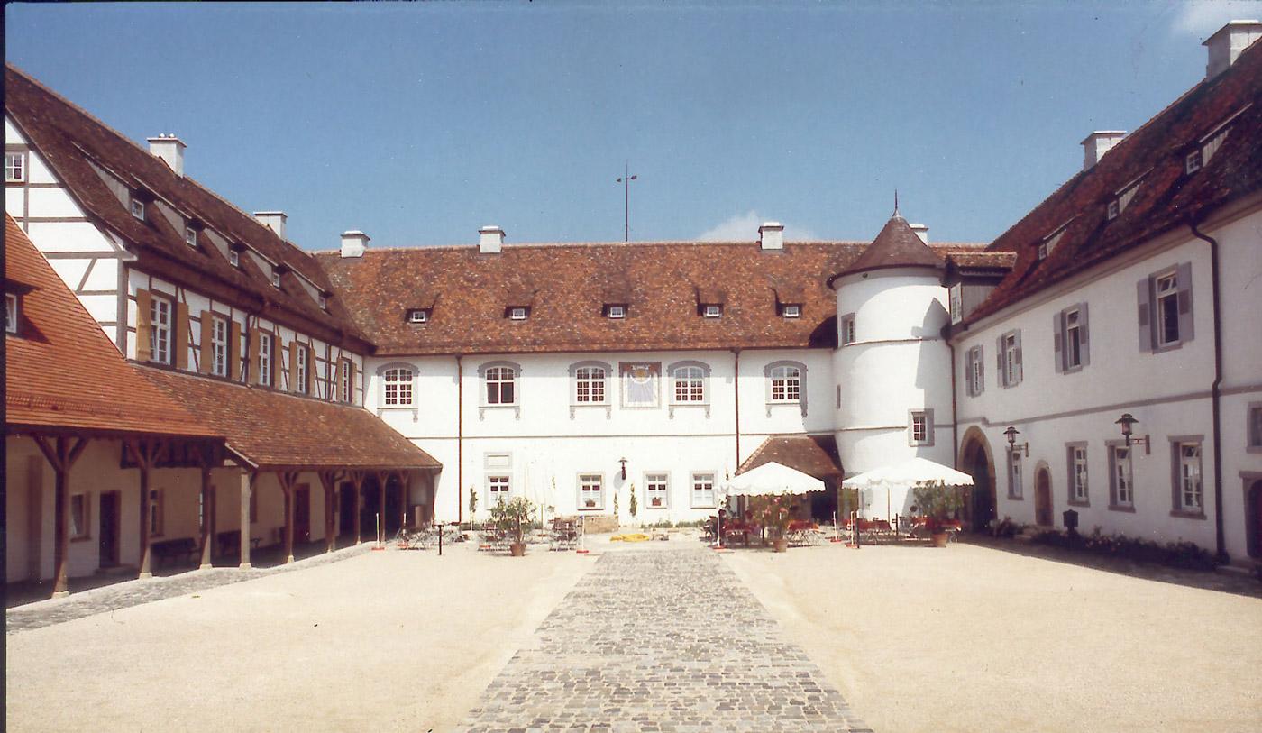 Hof im Schloss Filseck